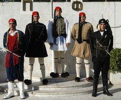 The 6 foot-tall Evzones (the well-belted, literally) who form part of the Presidential Guard (Proedriki Froura), are as much a symbol of Athens as its other historic landmarks are. Caucasian Race, Byzantine Architecture, Only In America, Greek Culture, Greek Mythology, Military History, Armed Forces, Traditional Outfits, Bling Shoes