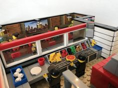 LEGO Ideas - Pizza Delivery Restaurant