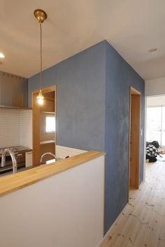 オープンハウス – mash – - 名古屋市の住宅設計事務所 フィールド平野一級建築士事務所 Kitchen Colour Schemes, Kitchen Colors, Kitchen Decor, Grey Boys Rooms, Interior Walls, Interior Design, Green Painted Walls, My New Room, Apartment Design