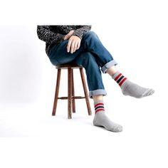 メンズコーデのオシャレは足元から変えるデキる大人が選ぶべき上質ソックス