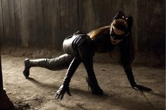 THE DARK KNIGHT RISES: Anne Hathaway's 'Catwoman' Gets Flexible In Brand New Still