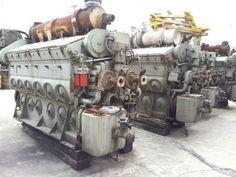 Locomotive Engine, Diesel Locomotive, Marine Diesel Engine, Motor Diesel, Marine Engineering, Freightliner Trucks, Detroit Diesel, Rail Car, Train Pictures