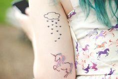 Melina Souza - Serendipity <3  http://melinasouza.com/2015/02/25/plum-lovely-lady-violet-snowy-head/  #Tattoo  #hair  #Unicorns