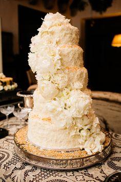 classic coconut cake | A Bryan Photo #wedding