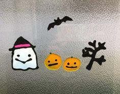 ダイソーのガラス絵の具で、ハロウィンの窓の飾りを子供たちと工作してみました(^^♪ クリアファイルとガラス絵の… Snowflakes, Snowman, Crafts For Kids, Snoopy, Xmas, Disney Characters, Crafts For Children, Snow Flakes, Kids Arts And Crafts