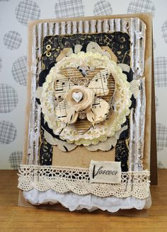 Shabby Chic Vintage Handmade Wedding Card  door purplepeashop