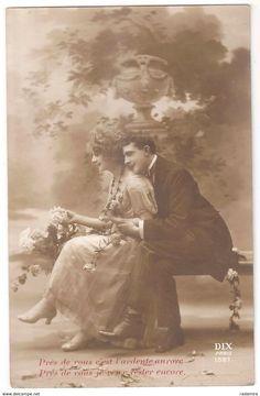 """Carte Postale Ancienne """"Couple amoureux"""" 1919 France."""