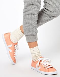 Ethical shoes: Veja Taua Peach Leather Trainers