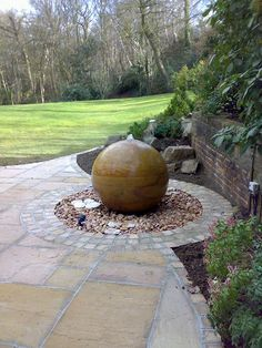 The Natural Stone Ball Company – specialists in the supply of high quality interior and exterior stone balls ideal for contemporary or traditional homes to provide character and create a real focal point. Stone Water Features, Small Water Features, Water Features In The Garden, Garden Features, Sphere Water Feature, Modern Water Feature, Unique Garden Gifts, Unique Gardens, Garden Spheres