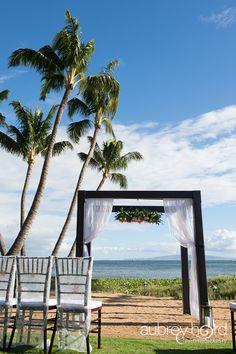 Taylor'd Events » Maui Stylized Shoot - Beach Vintage   Venue: Sugar Beach Events; Photographer: Aubrey Hord Photography; Floral: Blossom Hawaii; Rentals: Signature Events  #whitewedding #mauiwedding #weddingplanning  #beachwedding