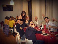 Cena con camarera erótica en restaurante de Málaga