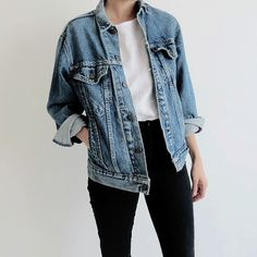 How to wear fall outfits jean jackets 21 Ideas - Jean jacket outfits fall - Mode Outfits, Fall Outfits, Casual Outfits, Women's Casual, Denim Outfits, Basic Outfits, Outfits With Black Jeans, Denim Ootd, White Outfits