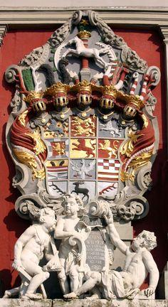Palácio de Wolfenbüttel: armas ducais no frontão de entrada.