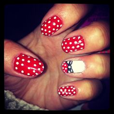 red and white nails, polka dot, minnie accent, french bow accent, disney decoration