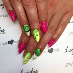 SPN: Lakiery hybrydowe UV LaQ 561 Night in miami, 624 Sour lemon, 502 My wedding dress Nails by Alesia, Lejdis, SPN Team Zielona Góra