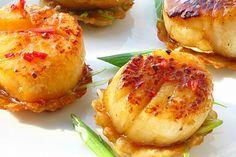 Bouchée de pétoncle au miel sur Won ton