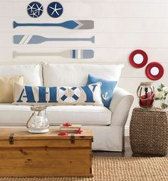 Perfect for a summer home or beach house // DIY nautical home decor and accent pieces