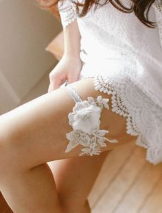 e93d5d9a2f3 Lace wedding garter