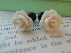 i want these so bad!!! Plugs Earrings, Gauges Plugs, Rose Earrings, Thank You As Always, Sparkle Box, Cream Roses, Resin Flowers, Delta Gamma, Anchors
