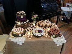 #Rustic #cupcakes #wedding by www.shugarshugar.com