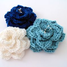 Crocodile Stitch Flower: Free Pattern