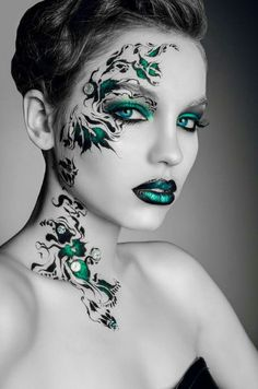 Excessive eye make-up. Fantasy face make-up. All very inspiring. >>> Discover more at the image link Make Up Looks, Make Up Art, Eye Make Up, Fantasy Make Up, Fantasy Hair, Dramatic Makeup, Face Art, Makeup Inspiration, Makeup Ideas