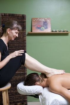 Julie Baxley's site about Barefoot Sports Therapy - she offers a video based online CEU course. Sports Therapy, Great Names, Massage Tools, Female Feet, Barefoot, Beautiful Women, Beauty Women, Fine Women