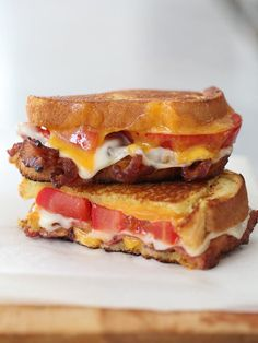 BLT Grilled Cheese: Bacon, lacy swiss cheese, and tomato is what's going on inside the BLT grilled cheese. Hello breakfast! Source: Foodie Crush