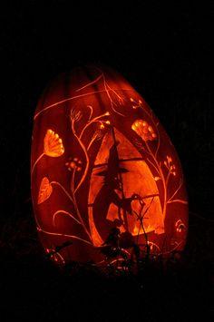 """Love my sisters pumpkin carving"" > I agree- she did a Wonderful job! Samhain Halloween, Halloween Ii, Holidays Halloween, Halloween Pumpkins, Halloween Crafts, Halloween Decorations, Pumpkin Art, Pumpkin Crafts, Cute Pumpkin"