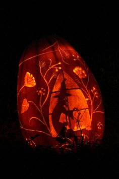 """Love my sisters pumpkin carving"" >  I agree- she did a Wonderful job!! - cp"