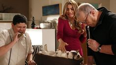 MODERN FAMILY - Photo Prompts: 2014 Emmy Awards Outstanding Series Nominees - Writer's Relief, Inc.