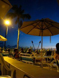 Barefoot Bar @ Hale Koa on Waikiki Beach
