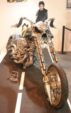Harley Chopper Skull Motorcycle Bike By Masei Helmet Moto Chopper, Harley Davidson Chopper, Chopper Motorcycle, Ghost Rider Bike, Ghost Rider 2007, Ghost Rider Movie, Custom Choppers, Custom Bikes, Motos Harley