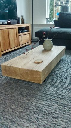 Eiken houten salon tafel