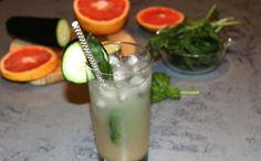 Grapefruit Cucumber Basil Cooler Cocktail: Low-Calorie Recipe