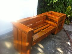 Pallet combo : garden bench and planter ! #PalletBench, #PalletCombo, #PalletPlanter