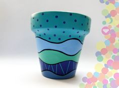 maceta pintada a mano Flower Pot Art, Flower Pot Design, Painted Plant Pots, Painted Flower Pots, Decorated Flower Pots, Cement Art, Pot Plante, Clay Pot Crafts, Pottery Designs