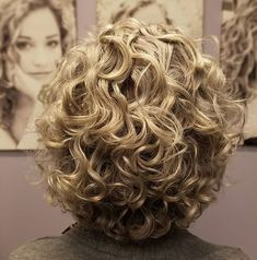 The Curl Specialist