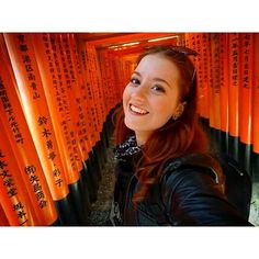 【laurenkallio】さんのInstagramをピンしています。 《The Fushimi Inari Shrine in Kyoto is one of the most recognised and impressive sites in all Japan. Dedicated to the Gods of Rice and Sake (something I can definitely get behind!), it consists of 10,000 torii gates winding for 4km up the mountain. It's almost impossible to get an empty photo (particularly in cherry blossom season when I went!) so this is a rare, very-early-in-the-morning, selfie. #Japan #Kyoto #travel #Asia #Sakura #cherryblossoms #spring…