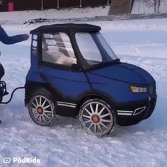 the 4 wheel ebike that looks like a car E Bicycle, Cool Gadgets To Buy, Futuristic Cars, Pedal Cars, Cool Inventions, Small Cars, Go Kart, Cool Tools, Amazing Cars
