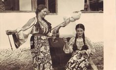 Vintage Photos Women, Vintage Photographs, Vintage Ladies, Folk Costume, Historical Costume, Traditional Outfits, Romania, Hand Embroidery, Amen