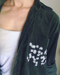Embroidery Stitches Design 50 Easy DIY Embroidery Shirt Designs You Can Do By Hand - A closet staple that's currently trending is embroidered apparel. Albeit charming, the quirky embroidery designs you adore are not at the… Diy Embroidery Shirt, Embroidery Designs, Embroidery Stitches, Hand Embroidery, Diy Clothes Embroidery, Garden Embroidery, Embroidery Fashion, Machine Embroidery, Diy Shirt Print