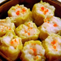 My husband is Chinese so I eat a lot of food like this.Pork and Shrimp Shumai (Shao Mai)_dim sum_China Food Menu - best chinese food and chinese recipes Chinese Dishes Recipes, Asian Recipes, Chinese Desserts, Chinese Appetizers, Indonesian Recipes, Asian Desserts, Orange Recipes, Asian Foods, Health Desserts