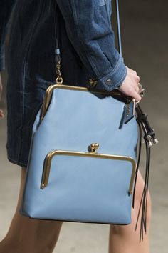 Coach 1941 at new york fashion week spring 2019 - details runway photos fashion bags, Sneakers Mode, Sneakers Fashion, Frame Purse, Coach 1941, Cool Summer Outfits, Spring Fashion Trends, Summer Trends, Looks Cool, Fashion Bags