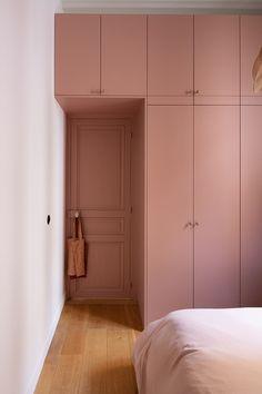 Wardrobe Design Bedroom, Room Design Bedroom, Home Room Design, Home Bedroom, Bedroom Decor, House Design, Small Bedroom With Wardrobe, Small Modern Bedroom, Small Apartments