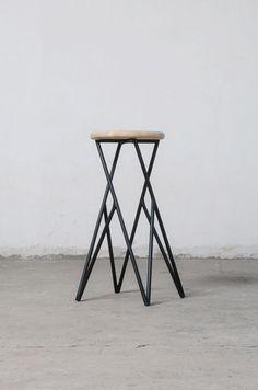 Linon, minimalistic stool | stool . Hocker . tabouret | Design: Alberto Vitelio |