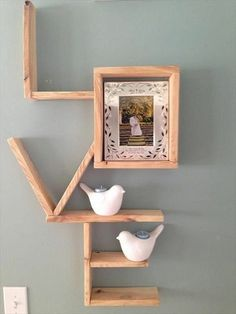 15 Rustic Wood Crafts Ideas - Crafts Step by Step! - Suggestions of Rustic Wood Crafts Best Picture For unique home decor For Your Taste You are looki - Rustic Wood Crafts, Pallet Crafts, Diy Pallet Projects, Home Projects, Home Crafts, Woodworking Projects, Diy Crafts, Teds Woodworking, Decor Crafts
