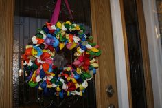 Front Door Wreath Ideas for august | Make it Yourself Balloon Wreath