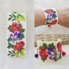 VK is the largest European social network with more than 100 million active users. Bead Loom Patterns, Bracelet Patterns, Beading Patterns, Embroidery Patterns, Bead Loom Bracelets, Tear, Brick Stitch, Loom Beading, Bead Crafts