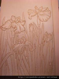 素 - 皮雕藝術-皮革雕刻寫實的花朵-鳶尾花-AA0112-R1063211 [640x480] @ 革格創作Leather Craft 皮革工藝革格皮雕 :: 痞客邦 PIXNET ::